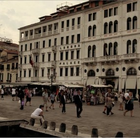 Il mecenate d'anime approda a Venezia