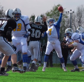 Michele De Martin #7 quarterback per tre stagioni (2006/2008) dei Mastini Verona (ph. by Federico Tumicelli)