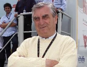 Claudio Marcello Costa, il dottor Costa, fondatore della Clinica Mobile